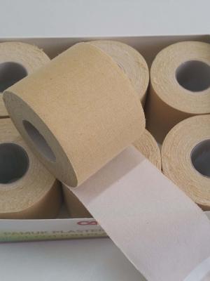 קופסת פלסטרים רחבים